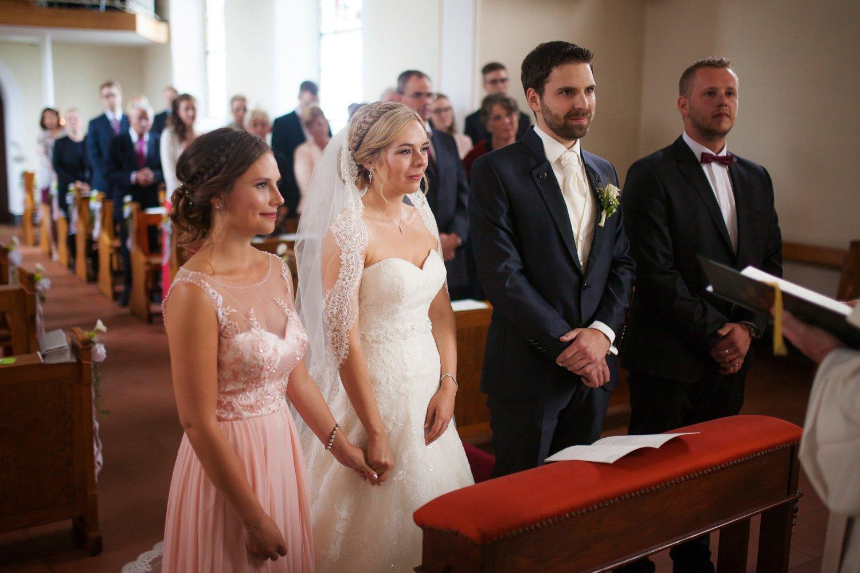 Brautpaar mit den Trauzeugen, kirchlich heiraten in Köln