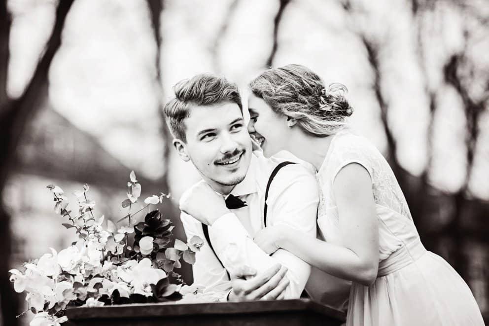 Hochzeitsfotograf Frankfurt in Bolongaropalast, Verlobungsshooting in Aschaffenburg, Heiraten zu zweit in Wiesbaden
