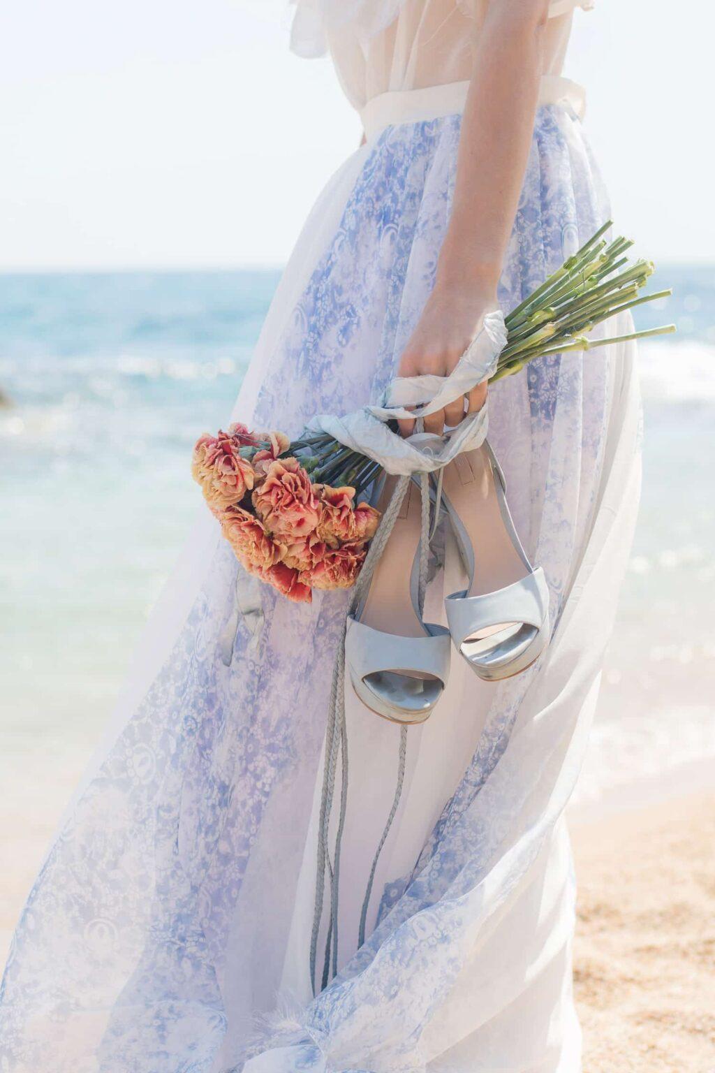 Elopement Hochzeitsplanung Frankfurt, Brautmode Wiesbaden, Heiraten am Strand in Spanien