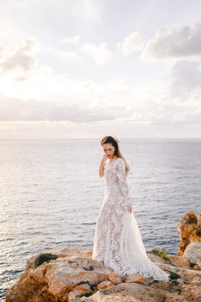 Weddingphotographer Malta, Destinationwedding Malta, Bridaldress Valletta
