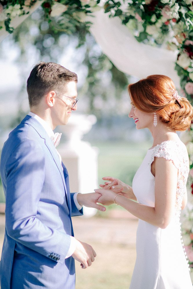 Hochzeitsfotograf Frankfurt fotografiert eine Hochzeit im Schloss Johannisberg, Hochzeitsplaner Wiesbaden