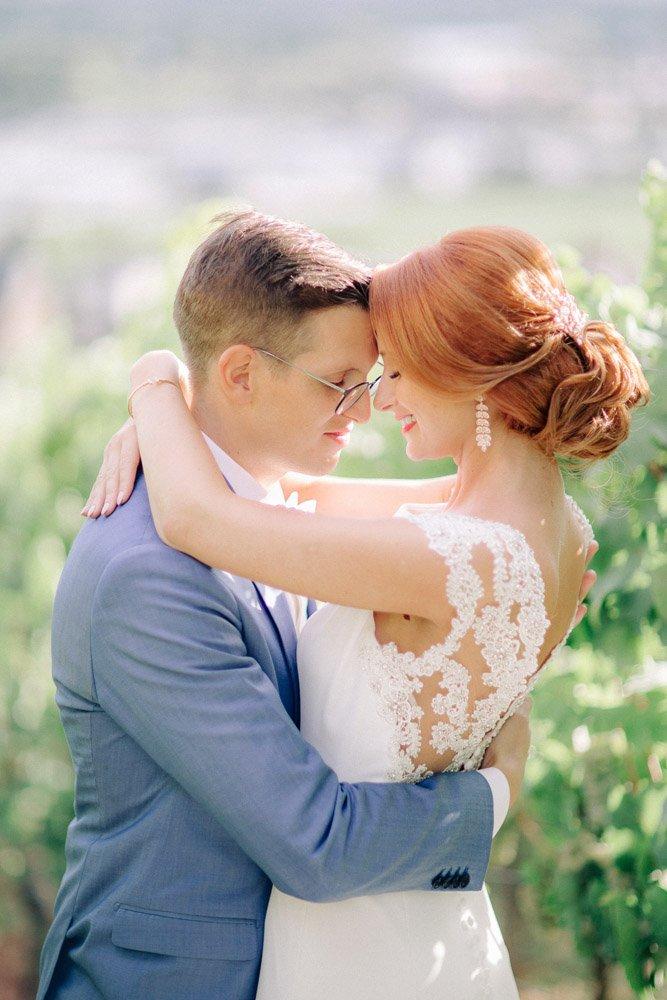 Hochzeitsfotograf Frankfurt, Brautpaarshooting in Weinbergen, Stadthochzeit Wiesbaden