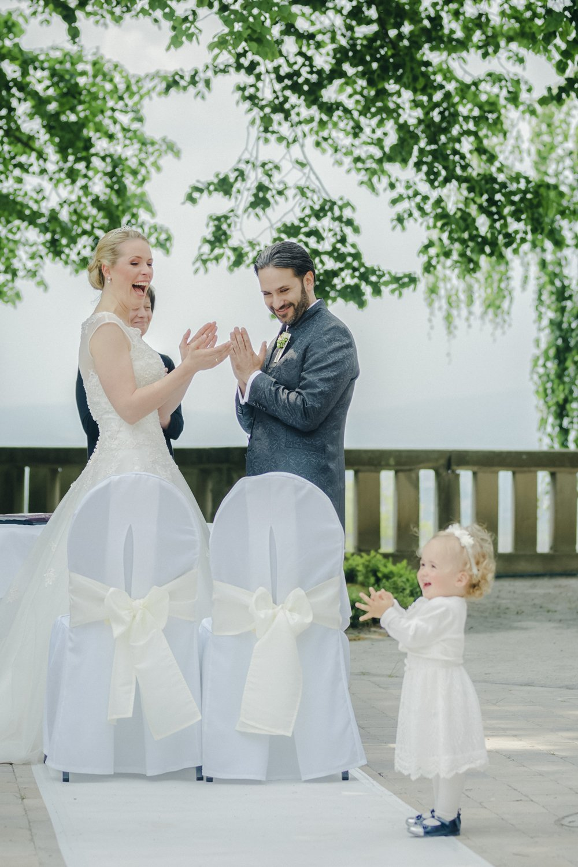 Hochzeitsfotograf Kassel, Freie Trauung im Schloss Wolfsbrunnen, Heiraten im Hessen