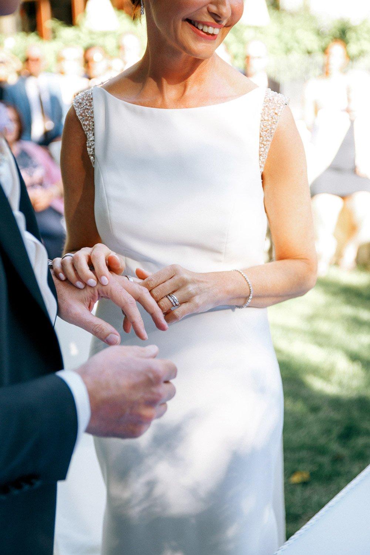Hochzeitsfotograf Wiesbaden, freie Trauung in der Hochzeitslocation Villa im Tal, Heiraten in Frankfurt