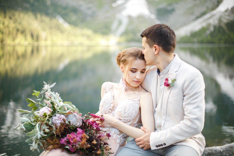 Elopement Hochzeit am Lago Maggiore, Hochzeitsfotograf Italien, Heiraten am Lago di Braies