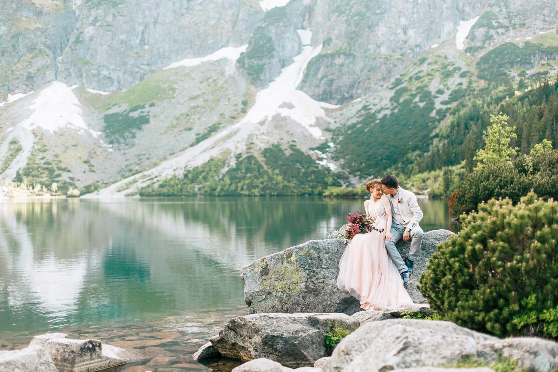 Hochzeitsfotograf Italien, Elopement Wedding Lago di Braies, Freie Trauung am italienischen See Maggiore