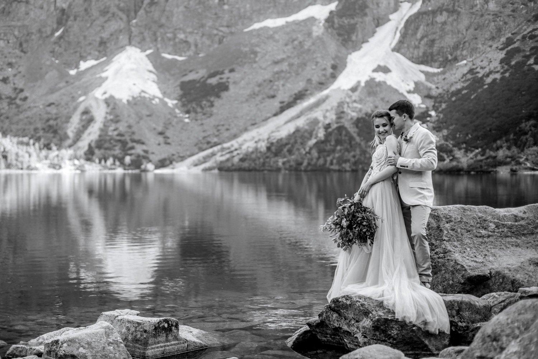 Hochzeitsfotograf Pragser Wildsee, Paarfotos Lago di Braies, Heiraten in Italien