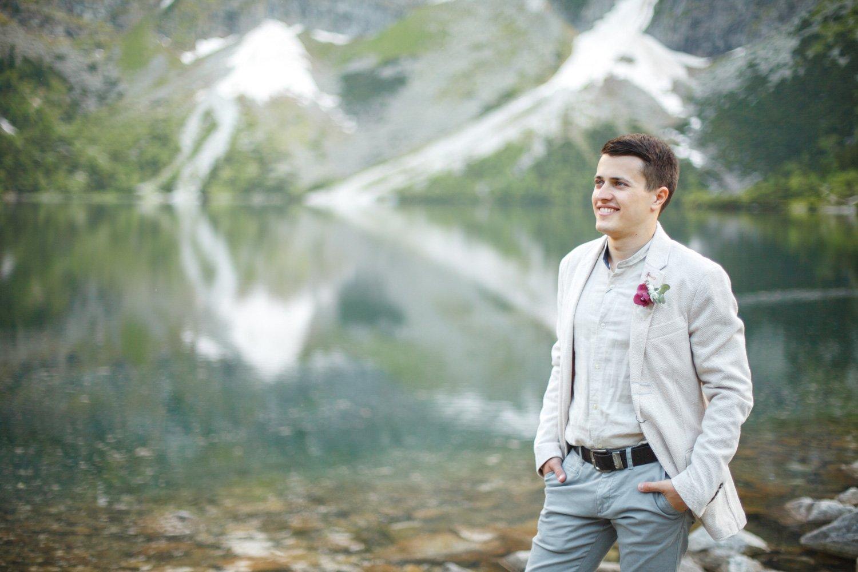 Paarfotos Pragser Wildsee, Heiraten in Italien, Hochzeitsfotograf Lago di Braies