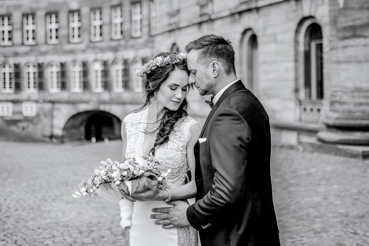 Heiraten im Schloss Wilhelmshöhe, Hochzeitsfotografin Eltville am Rhein, Fotograf für eure Hochzeit in Kassel
