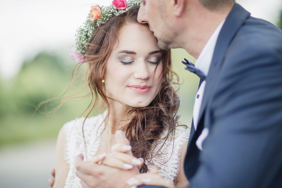 Hochzeitsfotograf Frankfurt, standesamtliche Trauung in Kassel, Brautmoden Aschaffenburg