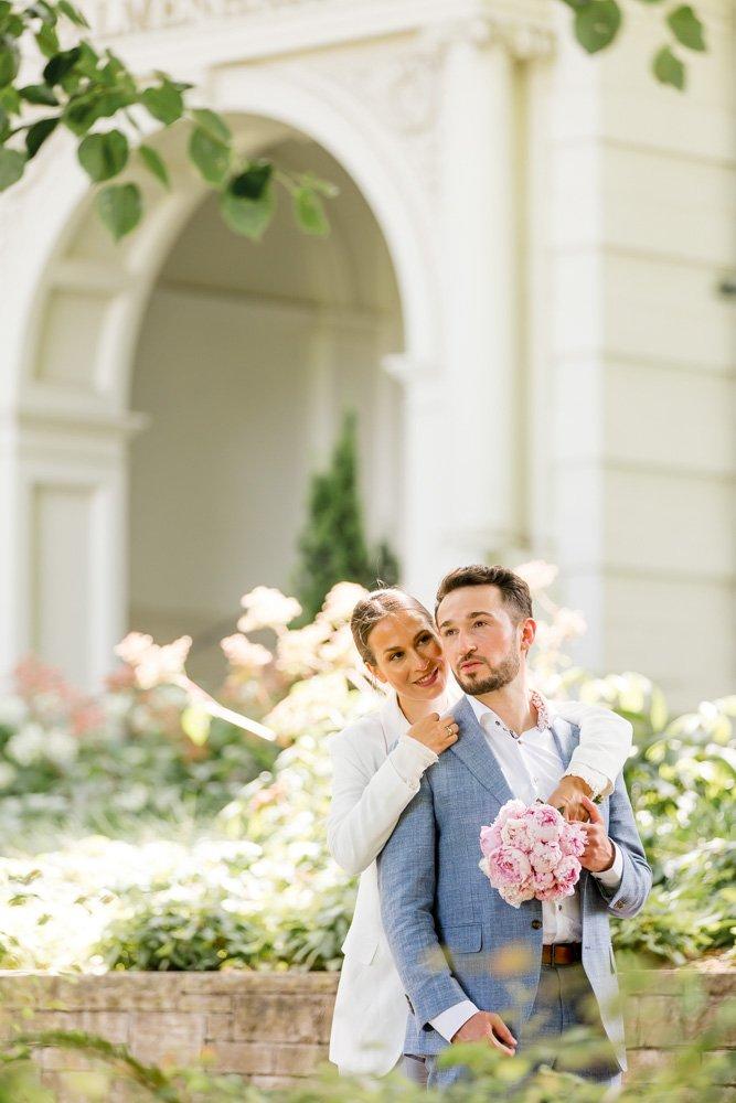 Bräutigam Outfit München, Heiraten in Frankfurt, Brautpaarshooting Palmengarten